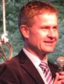 Miljøvernminisiter Erik Solheim talte varmt for søknaden til UNESCO  på møtet på Rjukan nylig.