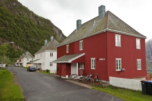 Glomfjord arbeiderboliger - Dag Endre Opedal - NVIM