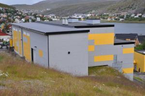 Vest-Finnmark 18.-19.08.09 018 Transformatorstasjonen sett mot Storvannet - Sissel Riibe - NVE