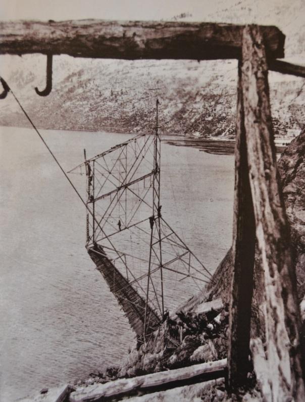 Bygging av spesialkonstruert mast - 1923 - Tafjord Kraftnett