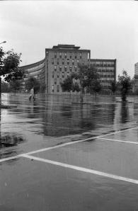 NVEs administrasjonsbygg 1964. Foto: Henrik Svedahl, NVEs arkiv