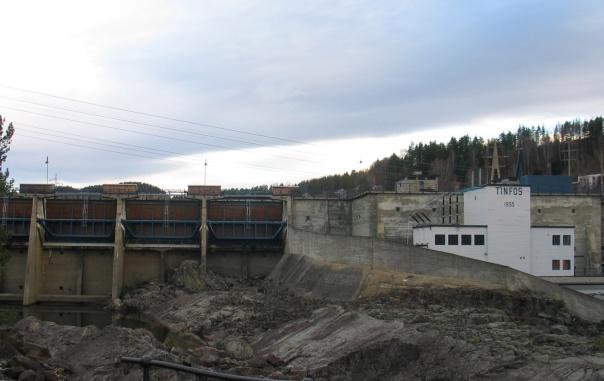 Nye Tinfos kraftstasjon15 nov 2005 052