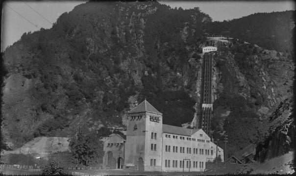 Foto fra anlegget 1926. Bergen kommunale elektrisitetsverk