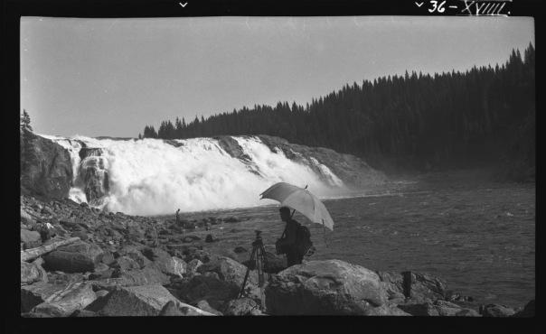 Fiskumfoss, Namsen 1938. Foto: NVE/Nils Gamnes