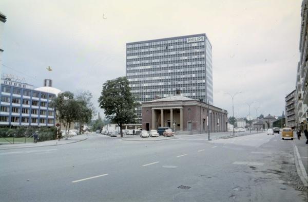 kinoplaeet og philipsbygget majorstuen, erling n christiansen 1964 oslo museum