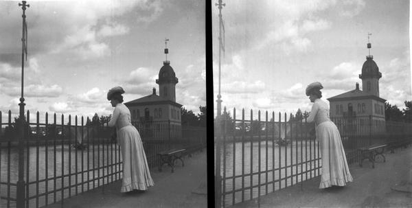 severin worm-petersen 1890-1900 kvinne ved bassenget på st.hanshaugen NTM