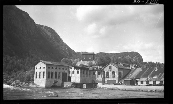 Trælandsfoss kraftstasjon og tresliperi